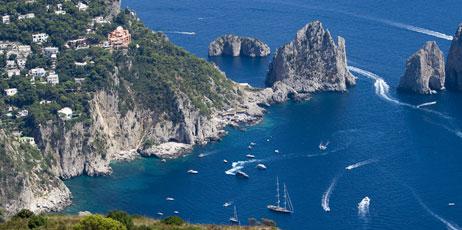francesco riccardo iacomino/Shutterstock.com