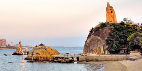 claudio zaccherini/Shutterstock.com